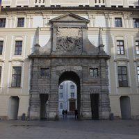 Puerta-de-Matias_500